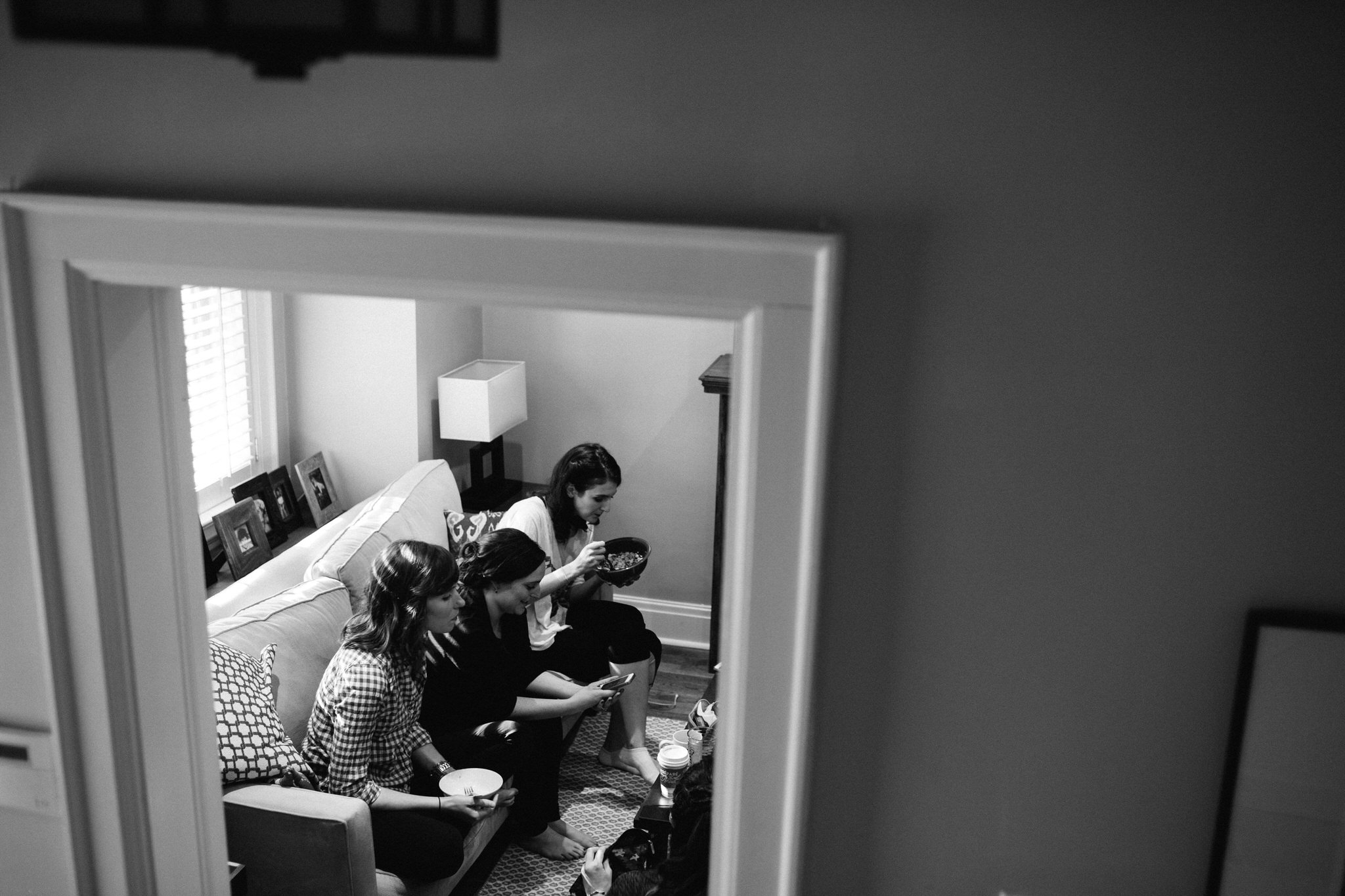 bridesmaids getting ready, wedding day prep, wedding dress, detail photo, toronto wedding, toronto wedding photographer, berkeley church