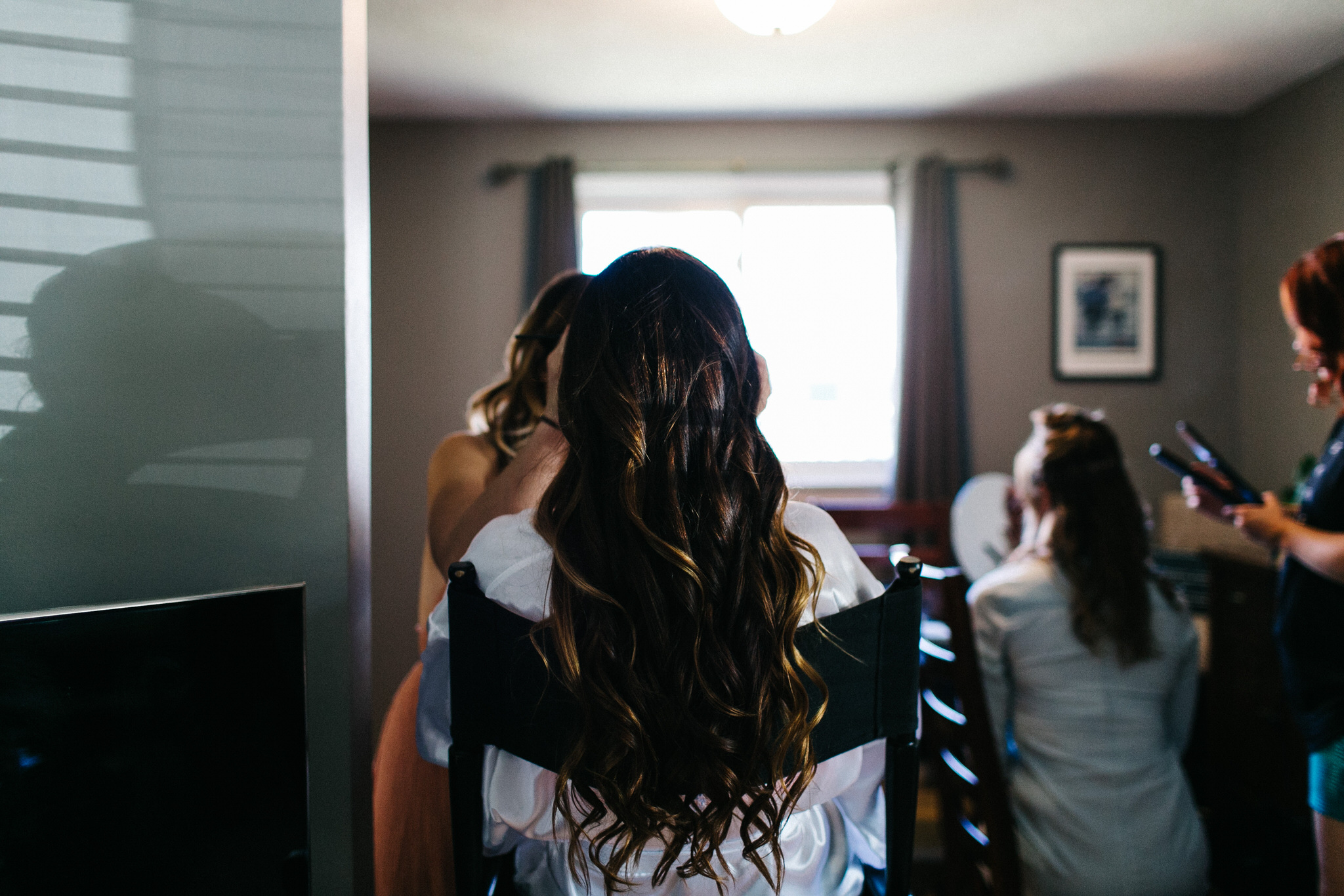 St. George Anglican Oshawa, Toronto wedding photographer, parkwood estates oshawa, bride details, bride getting ready