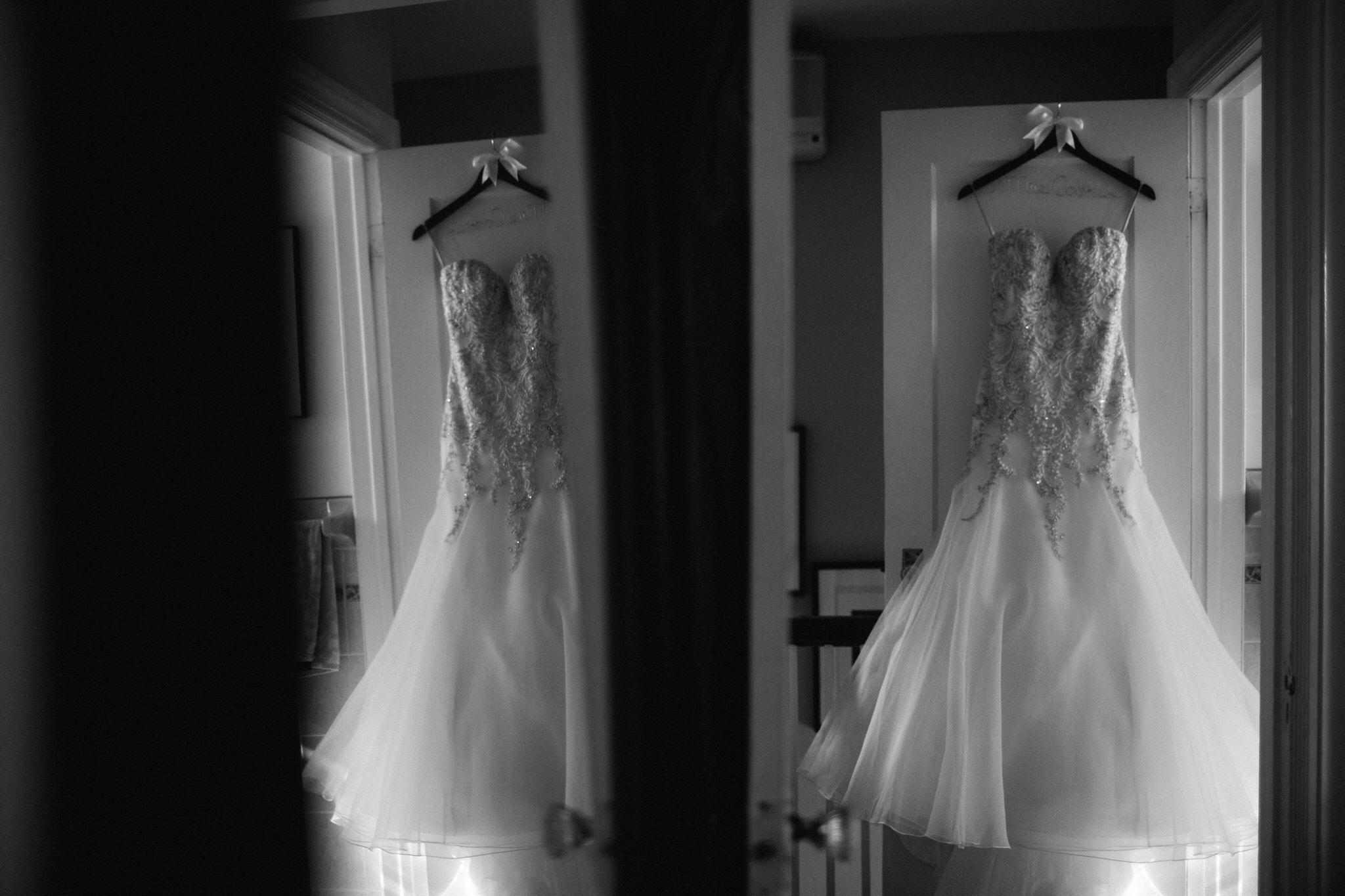 wedding dress, detail photo, toronto wedding, toronto wedding photographer, berkeley church