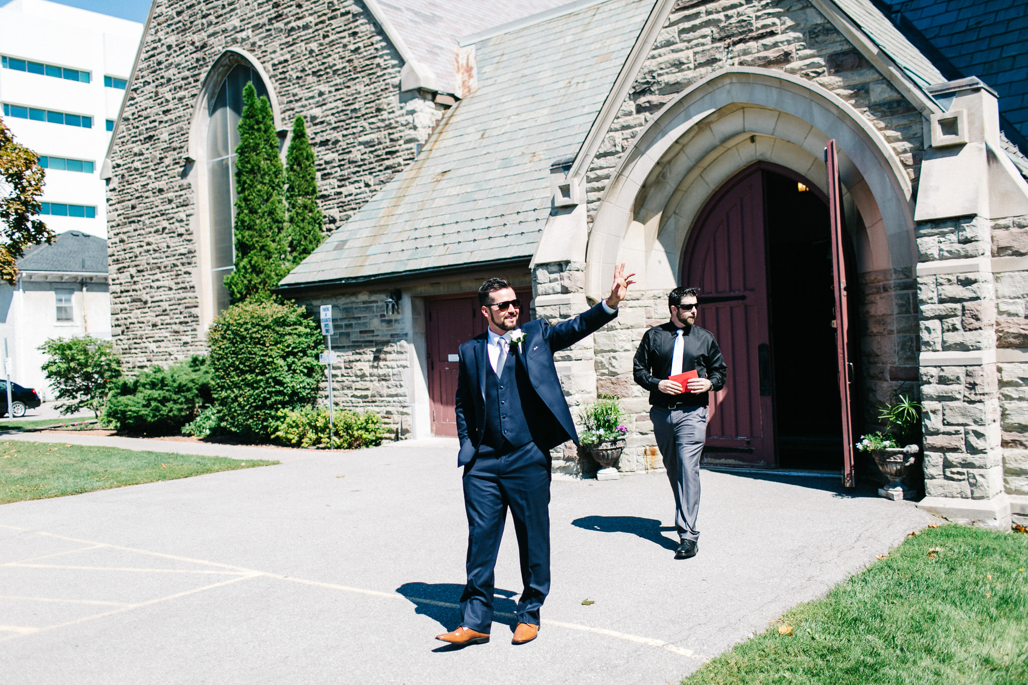 St. George Anglican Oshawa, Toronto wedding photographer, parkwood estates oshawa