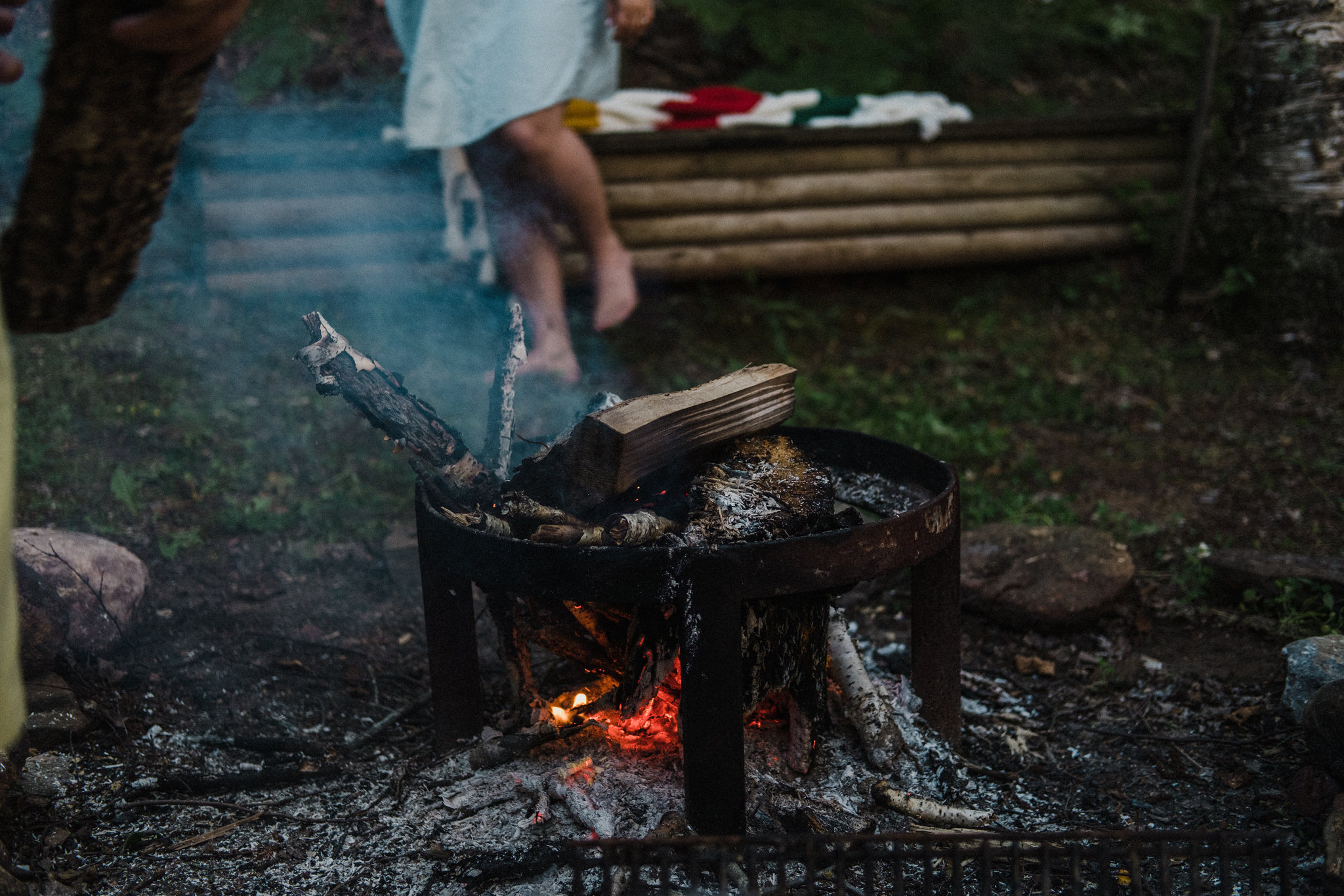 muskoka cottage engagement photos, firepit