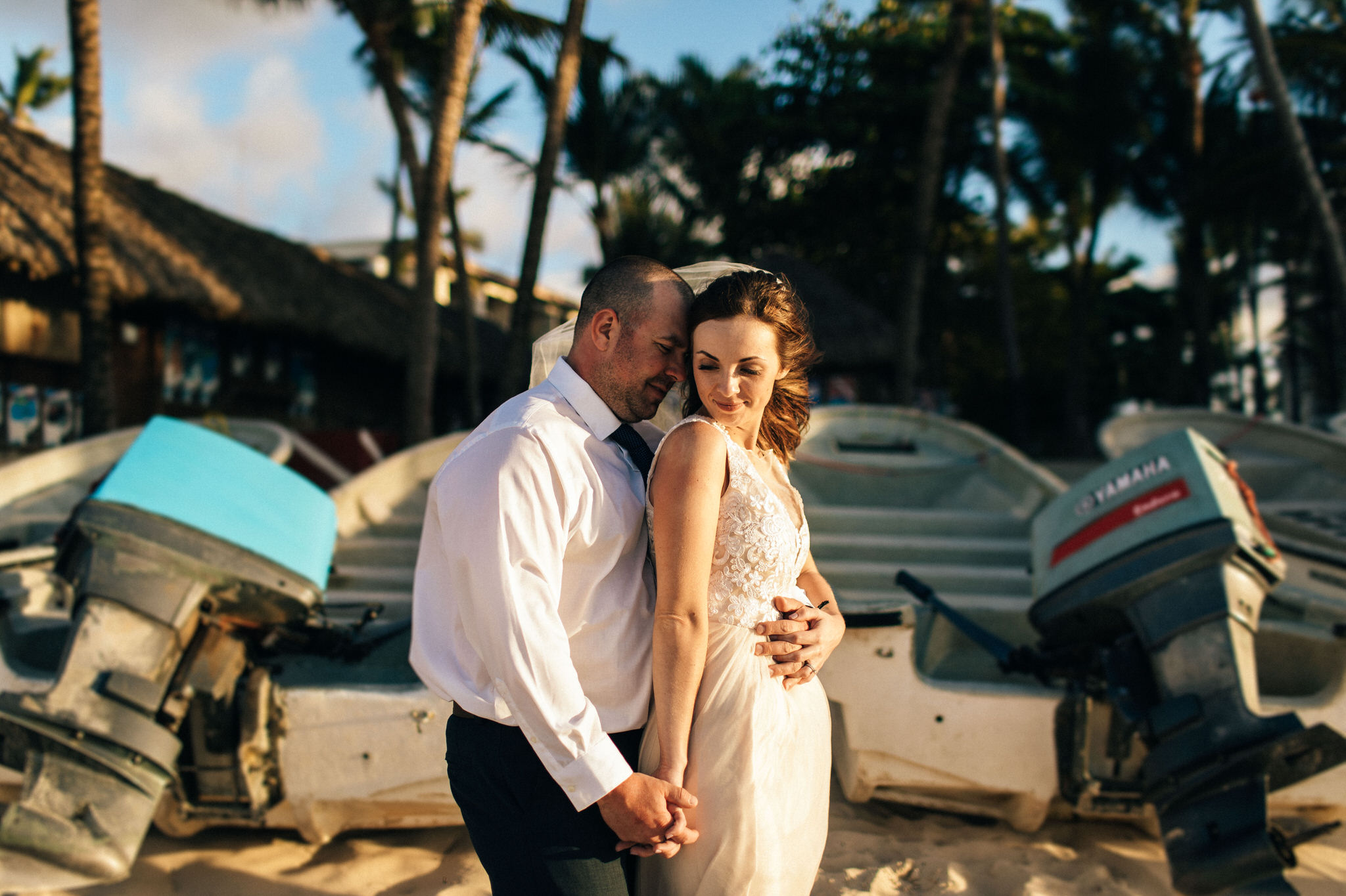 Palm tree huts, punta cana, destination wedding photographer, trash the dress