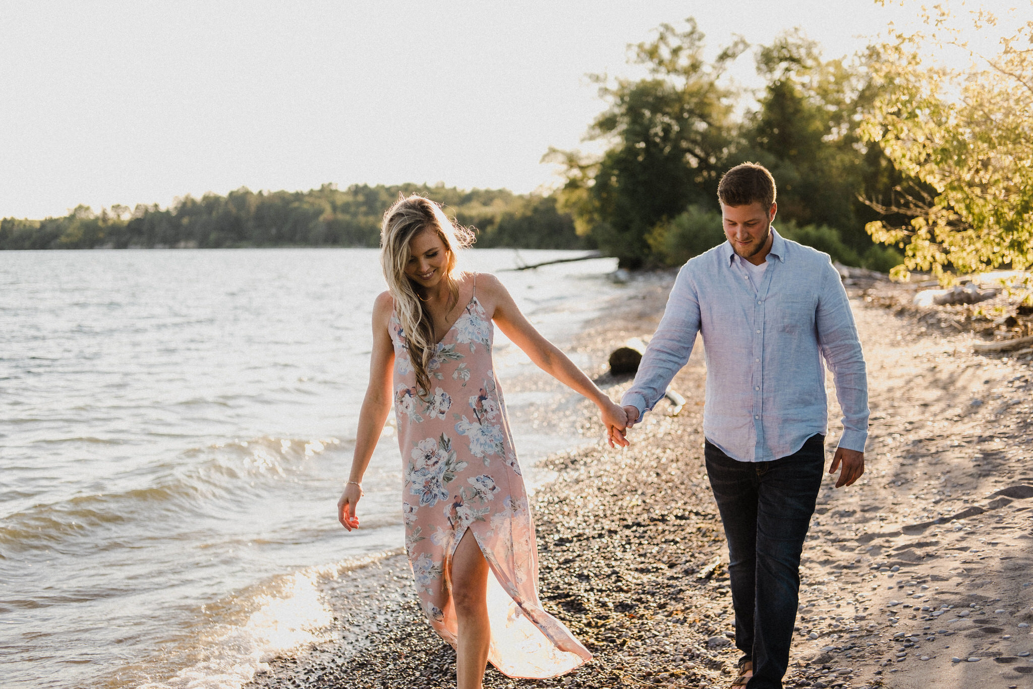 what to wear to an engagement shoot