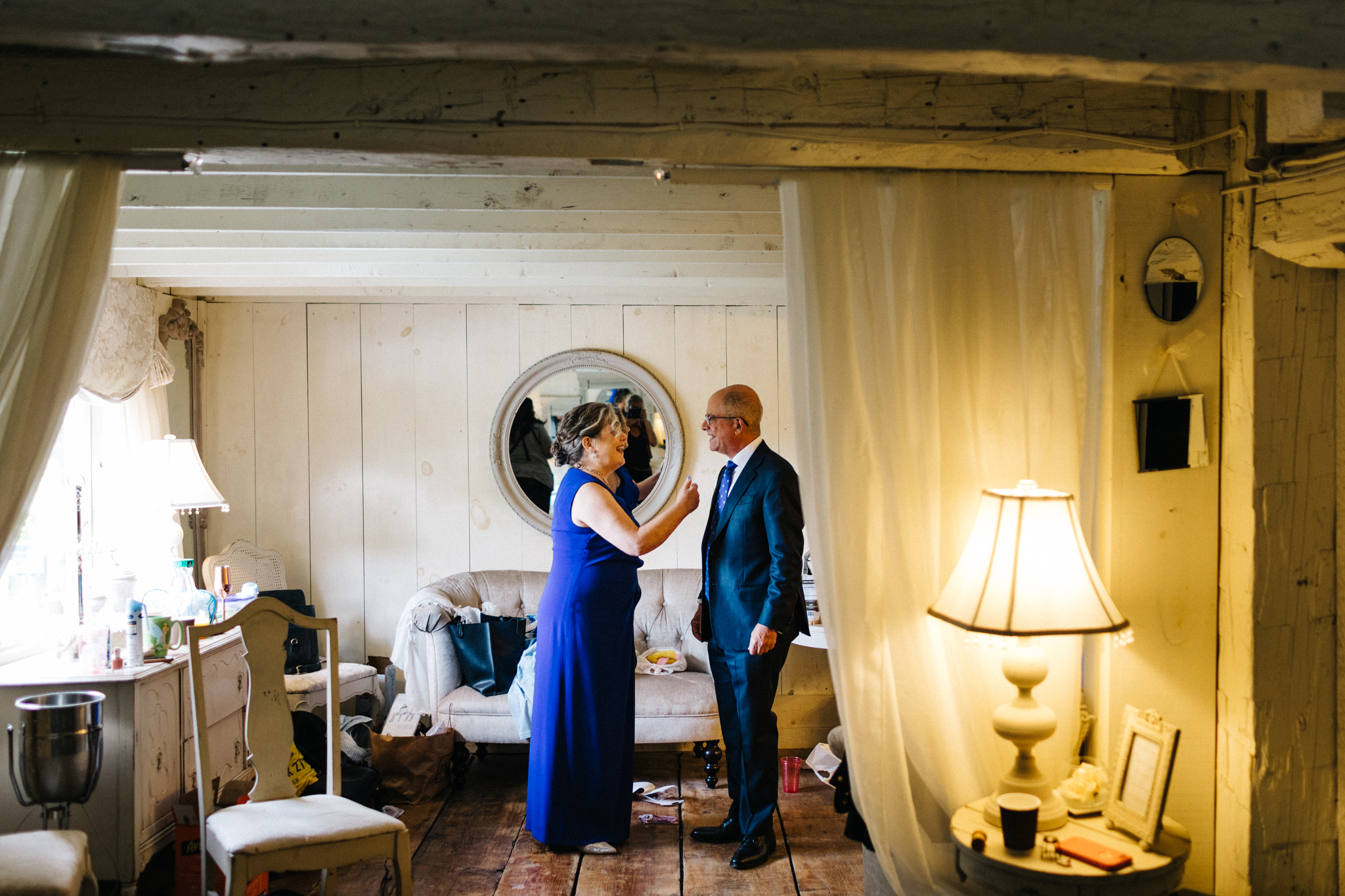 century barn wedding, cavan ontario, kawartha weding photographer